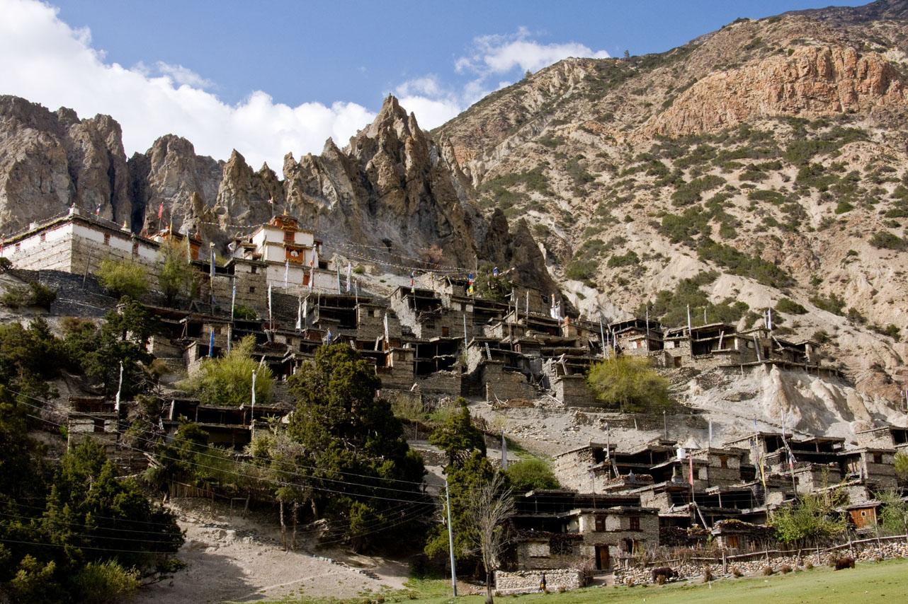 Brakha, Annapurna Circuit Trek