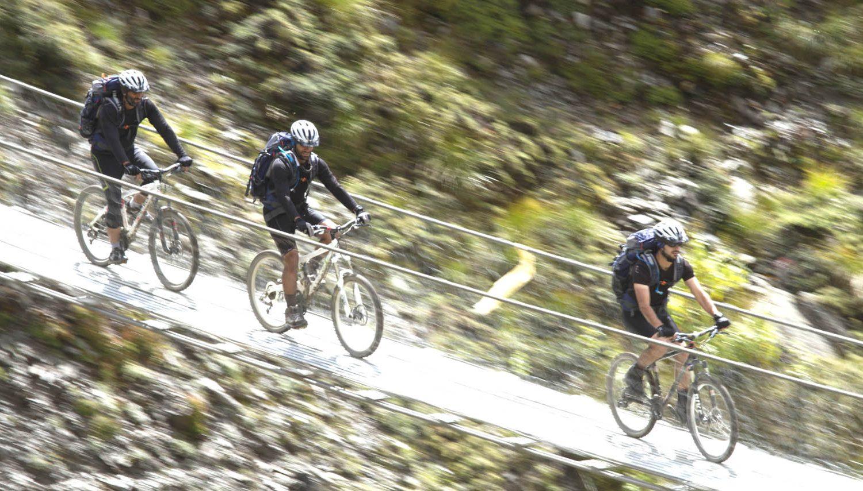 Biking Nepal