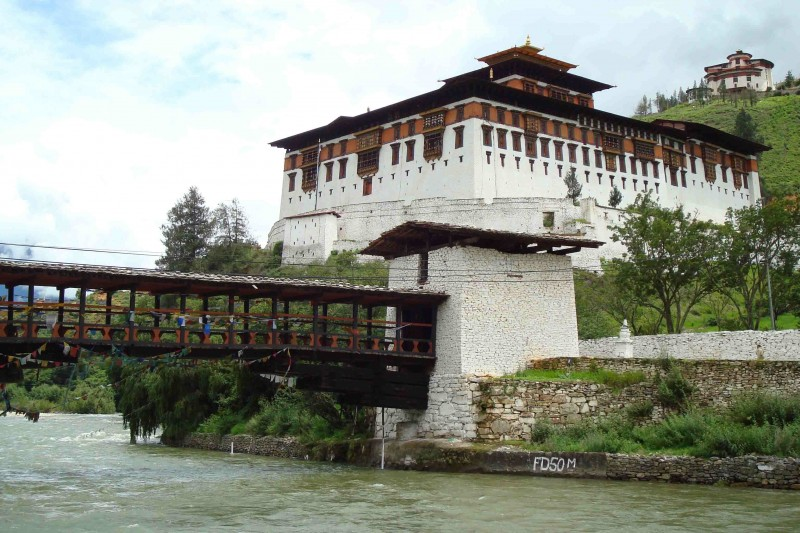 T Dzong Rinpung Dzong the Wooden Bridge