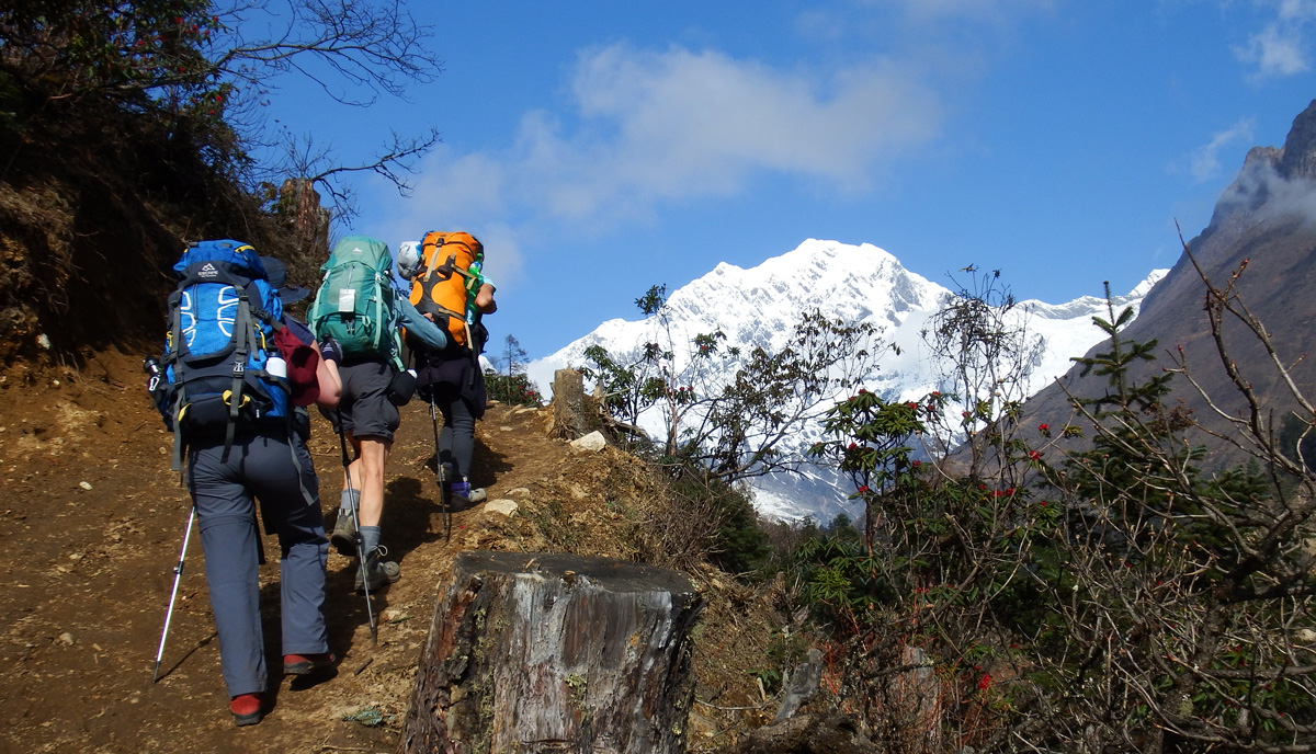 On the trail, Manaslu