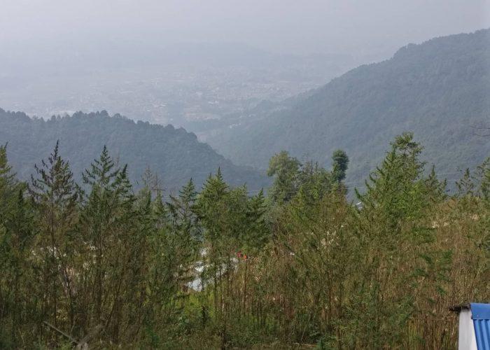 Marijuana farming on the trail to Chisapani